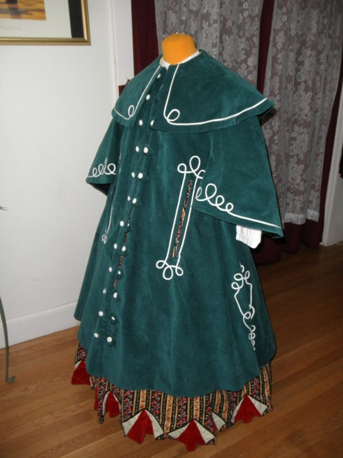 Reproduction blue Victorian cloak/coat