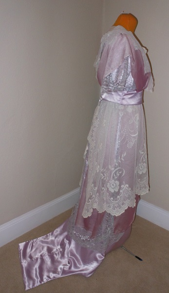 Reproduction 1910s Evening Dress Right - Lavender and Lace. Laughing Moon #104