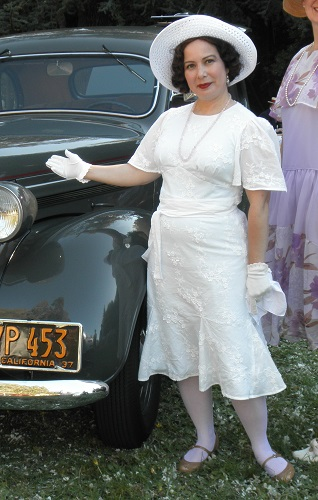 1930s reproduction white day dress