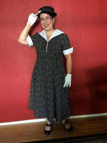 Reproduction 1952 black and white polka dot dress
