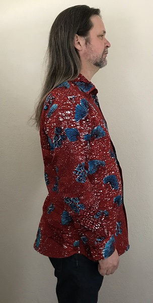 2010s Men's Red with Blue Porcupine Patterned Shirt Vogue V9220 Right
