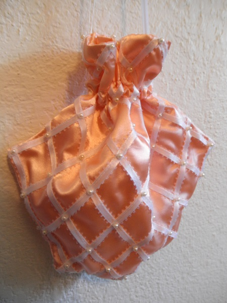 Reproduction Peach Regency Reticule with White Ribbons. La Mode Bagatelle Regency Wardrobe