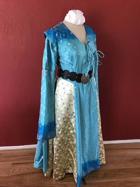 Game of Thrones Blue Dress with Belt Right Quarter View.